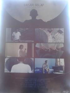 Poster film dasar gelap